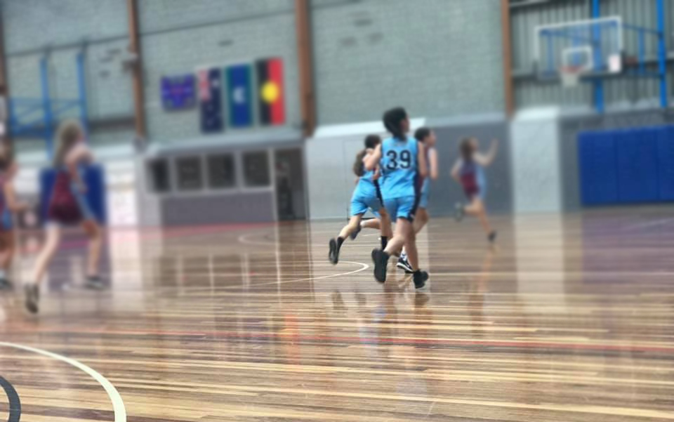 St-Marys-Basketball-Club-Greensborough---kids-playing-basketball